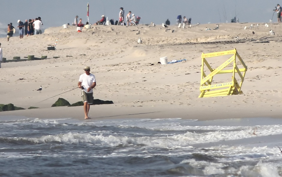 A little classic 1970s-style destruction. I remember people used to trash the lifeguard stands frequently.