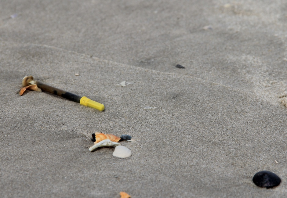 Bonus Gross Out: hypodermic needle on the beach today... another classic of too much East wind.