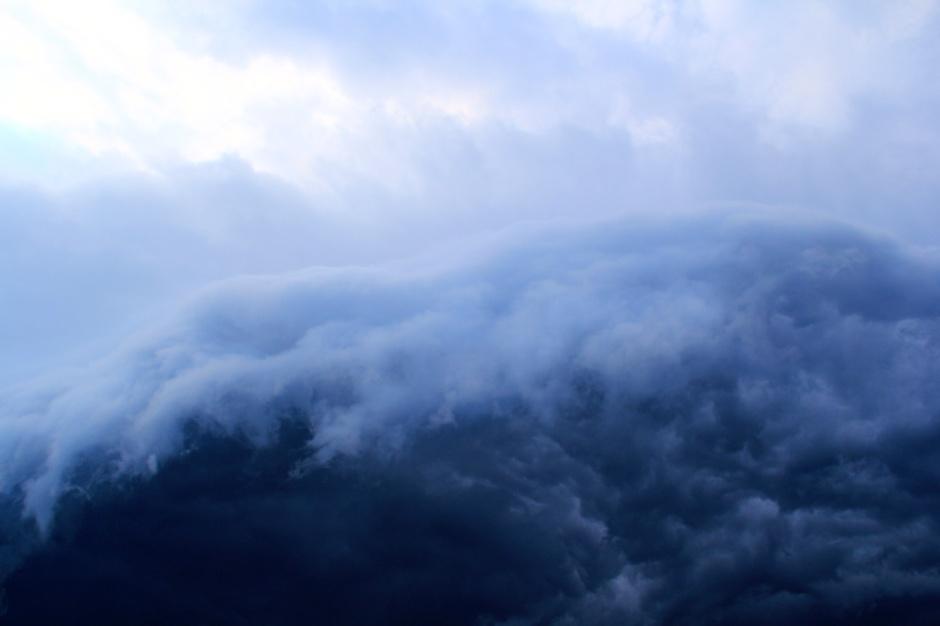 Water or sky?