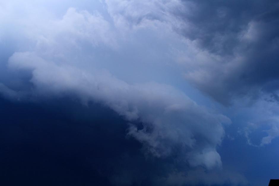 Part sky, part water